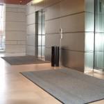 שטיחי כניסה למעליות